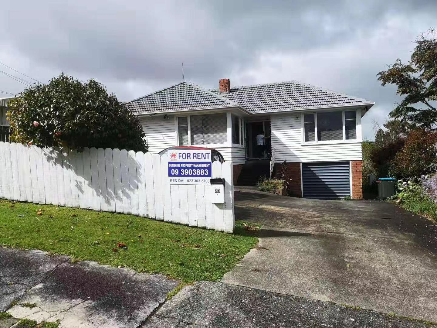 Mount Roskill, 3 bedrooms