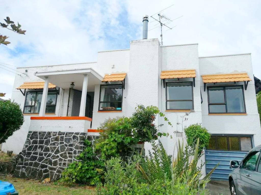 Mount Eden, 4 bedrooms