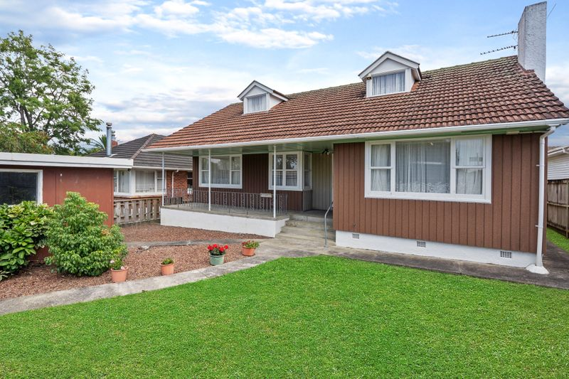 Te Atatu South, 4 bedrooms