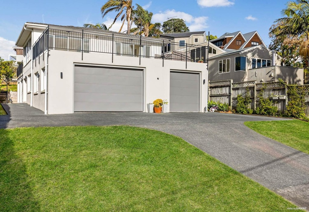 Rothesay Bay, 6+ bedrooms