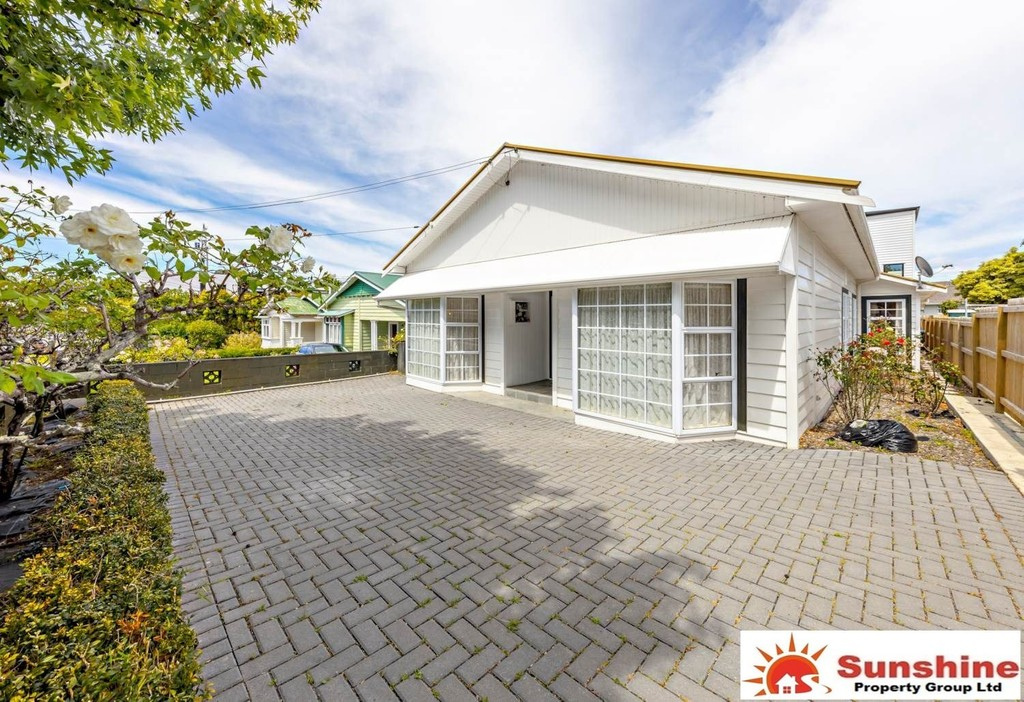 Onehunga, 5 bedrooms