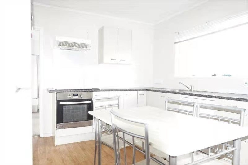 Northcote, 3 bedrooms