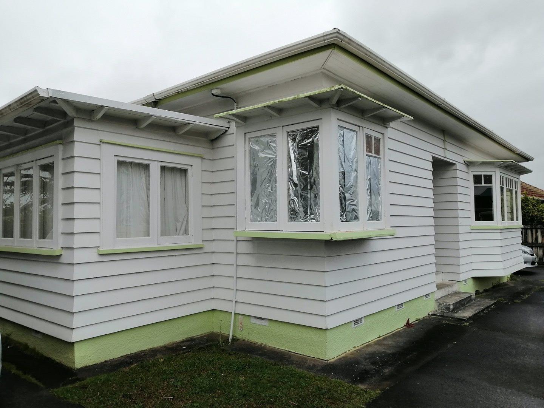 New Lynn, 3 bedrooms 1/3170 Great North Rd, New Lynn, Waitakere City, Auckland